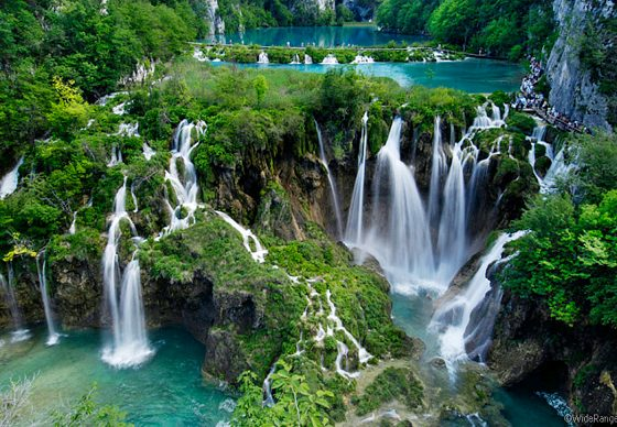 Najlješe more/ rijeke Waterfalls_at_plitvicka_jezera_national_park